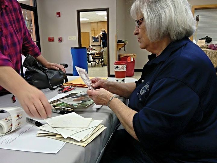 Carthage Save Your Photos Day preserves nearly 1000 family photographs for area residents